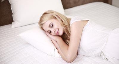 Hautpflege bei Strahlentherapie, Schlafen im Sommer, desiderm® Germany